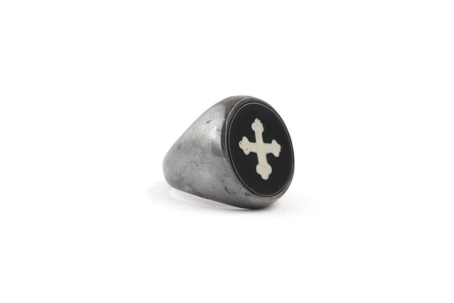 Ring White cross image 2